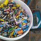 Pesaje y recogida de pilas en centros educativos